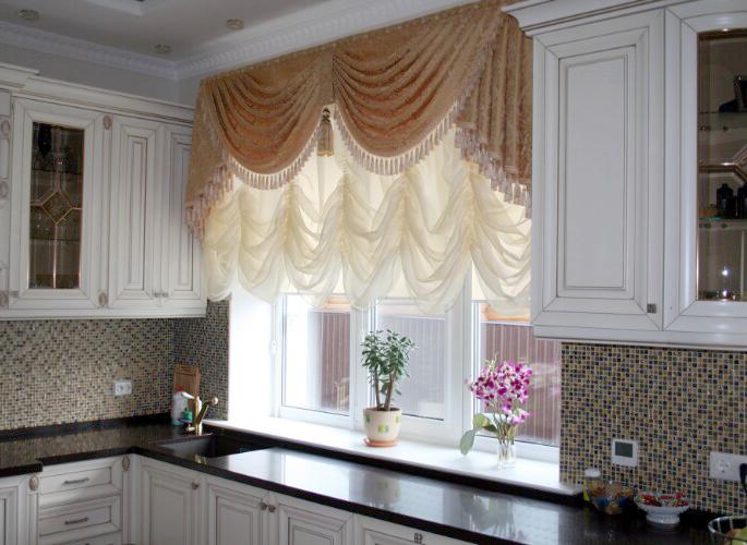 Купить шторы для кухни в Санкт-Петербурге – оформление самой уютной комнаты