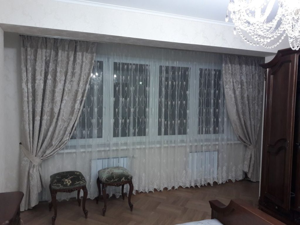 gray-curtains
