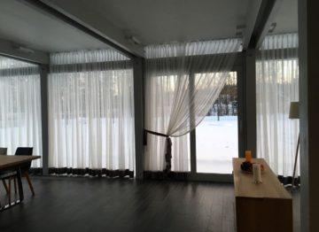Оформление окна тюлем